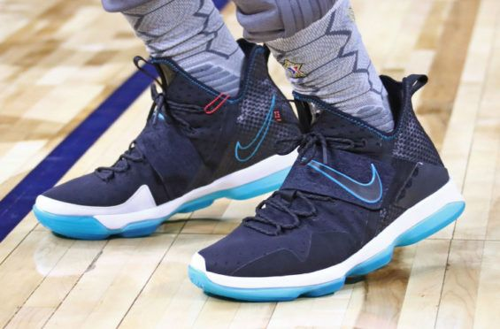 best sneakers a4656 b73c4 LeBron James Debuts The Nike LeBron 14 Red Carpet At All Star-Weekend