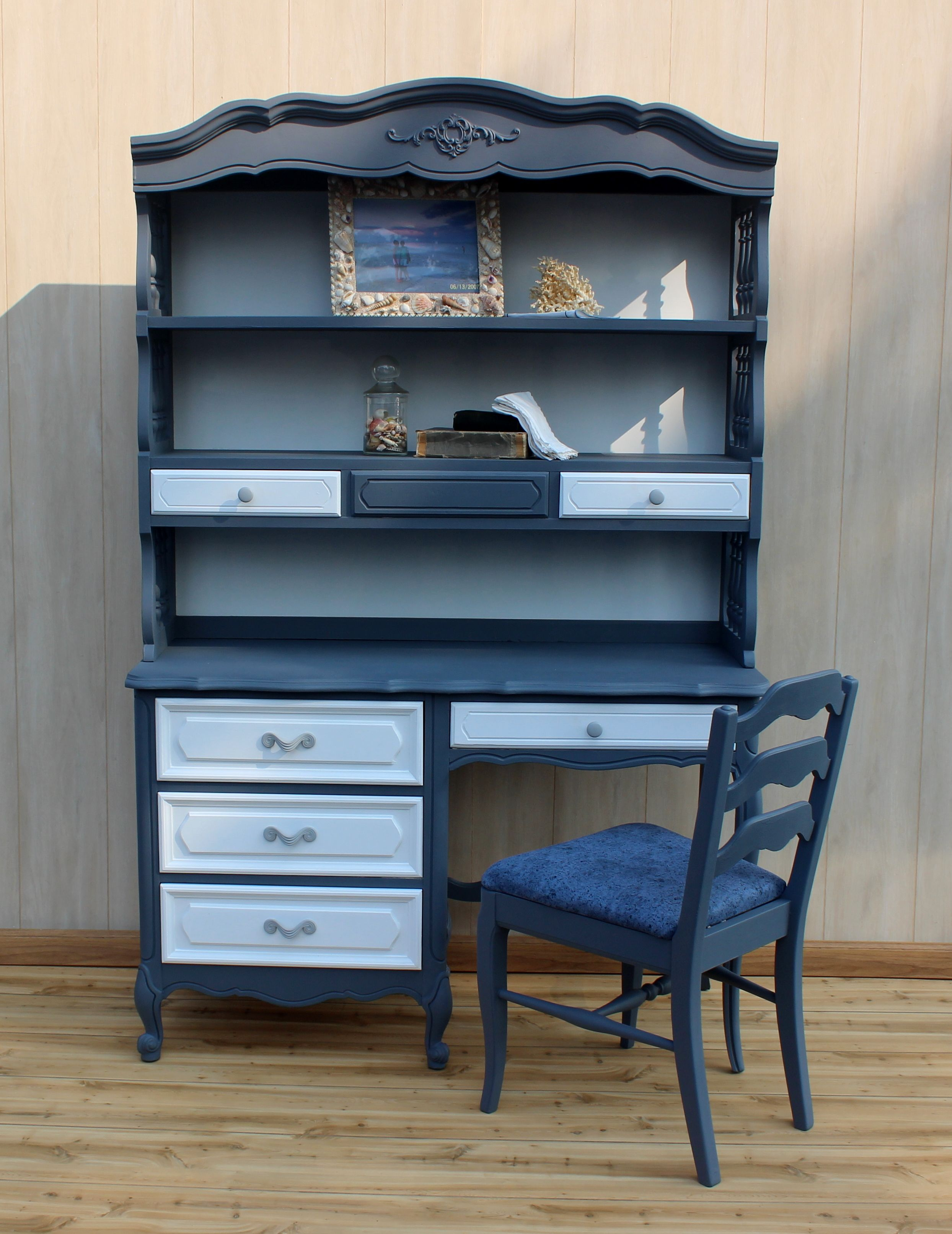 Desk/Bookcase Combination with matching chair $ 31.31 31 drawer