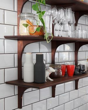 Focal point: the beautiful open shelving.