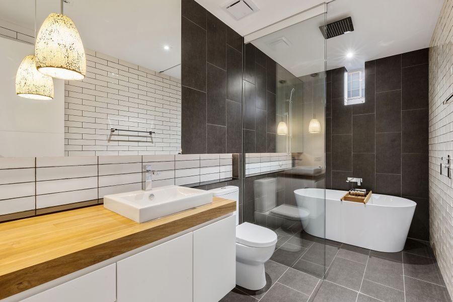 Australian Homeu0027s Contemporary Interiors, Outdoor Spaces Defy Art Deco  Facade   Http://