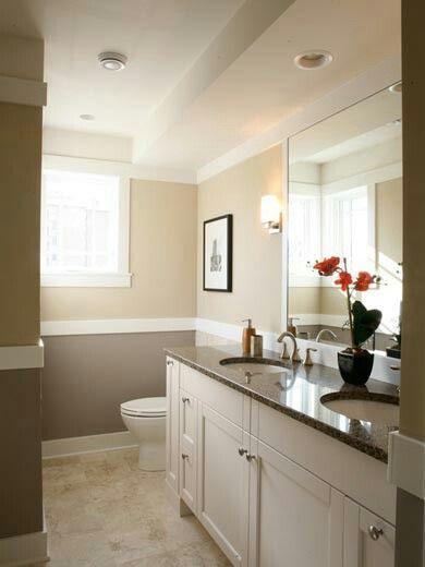 2 Tone Brown Tan Traditional Bathroom Bathroom Interior