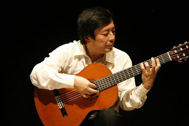 kazuhito yamashita classical guitar classical guitar guitar best guitar players. Black Bedroom Furniture Sets. Home Design Ideas
