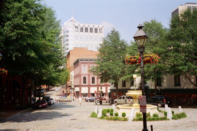 Williamsburg, VA Photos Images of Colonial Wiliamsburg