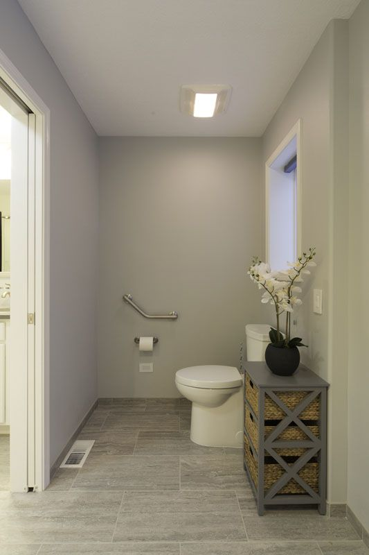 Accessible water-closet