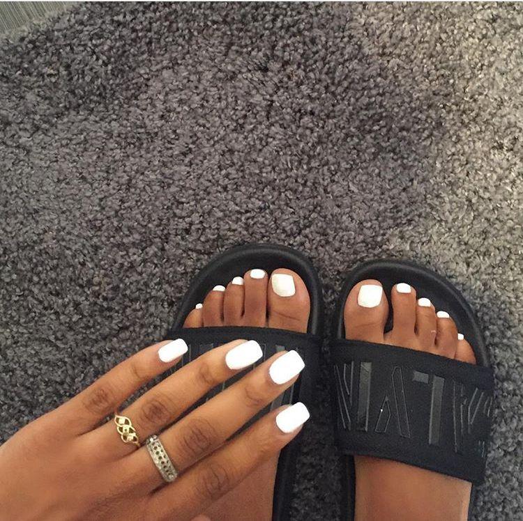 White Nails B R O W N Skin Accessories Fashion Beauty Acrylicnails Pretty Toe Nails White Short Nails Toe Nails