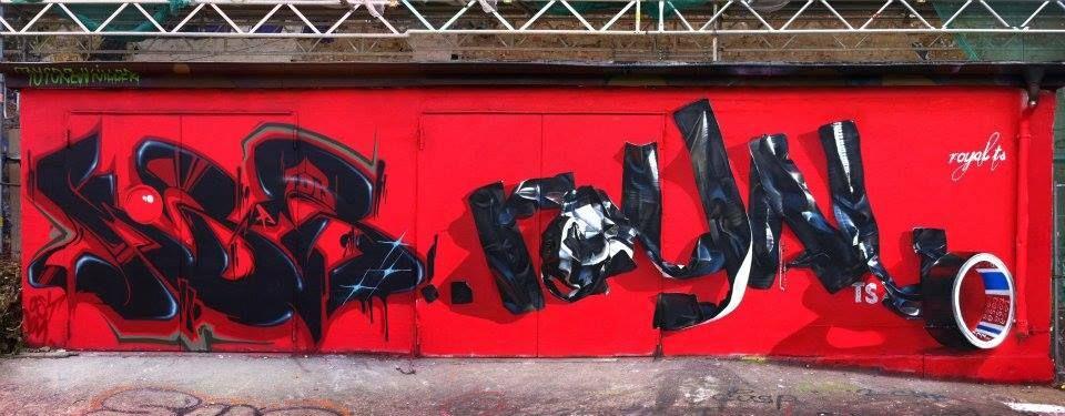 some real eye candy  Mobar Graffiti feat Royal TS — mit Mobar Graffiti und Royal TS.  #RoyalTS #Mobar #Graffiti #Mural #UrbanArt #GhostMagazine #StreetArt