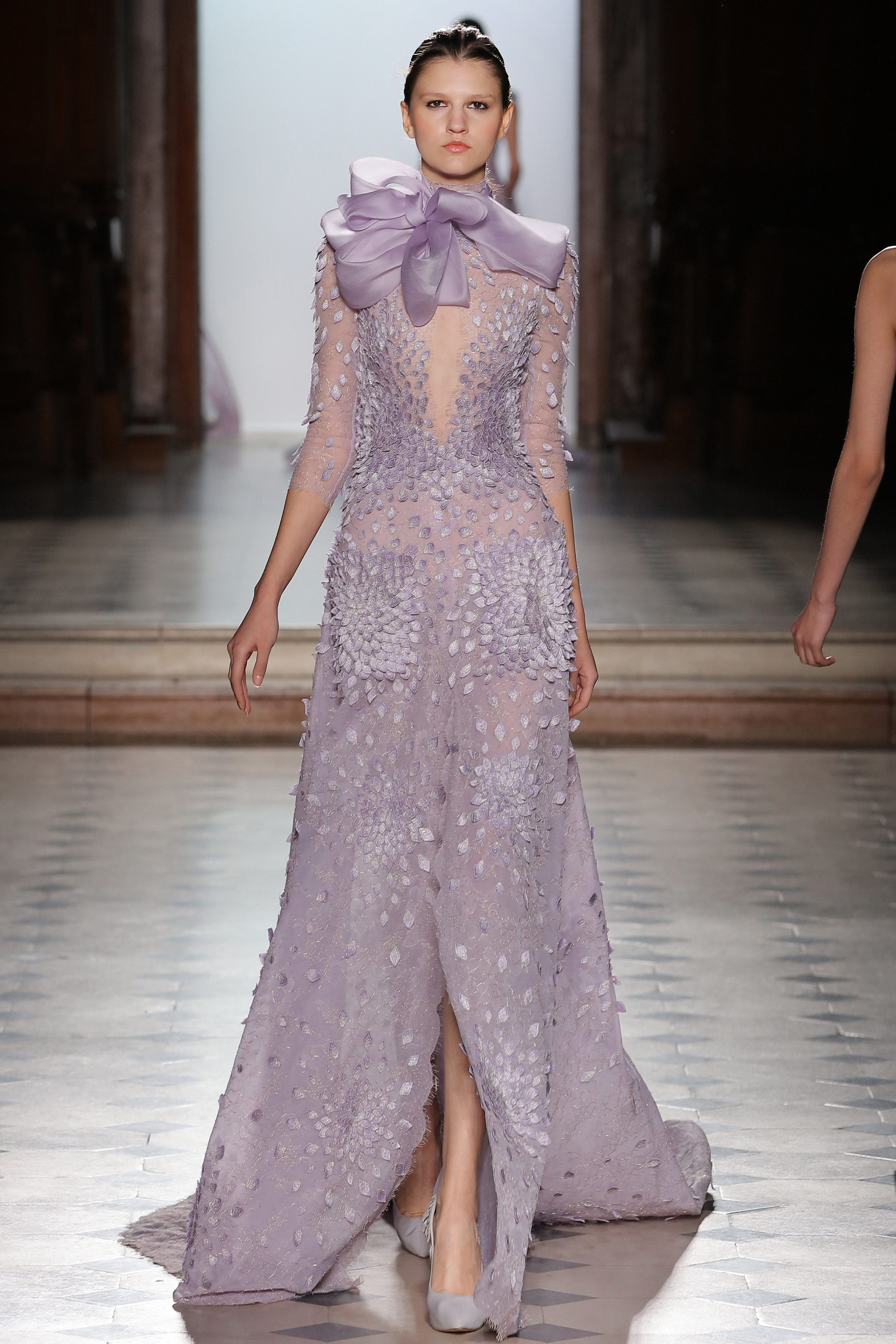 Tony Ward Couture I Spring Summer 2018 Lilac Dress In Lace Weddingku Magazine Final Edition A New Beginning Featuring 3d Silk Fractals Embroideries And An Organza Bow On The Neck