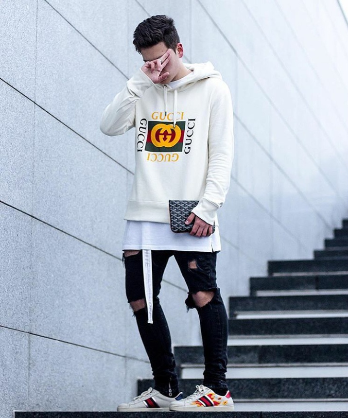 Perfect for spring gucci white sweater black pants