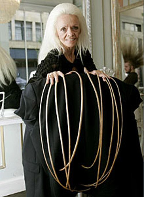 longest nails in the world (Lee is from Utah) | Lee Redmond World ...