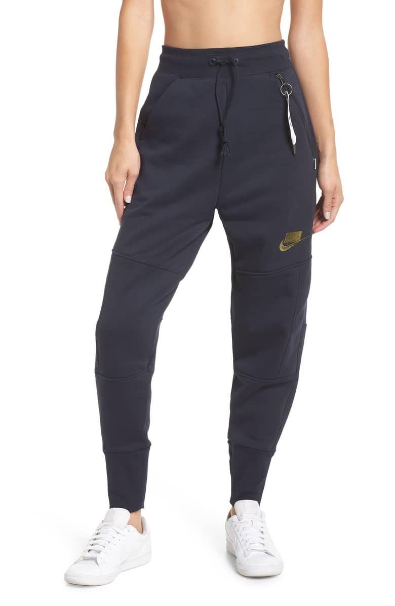 c54eeeba4b65 Sportswear NSW Women s Fleece Joggers