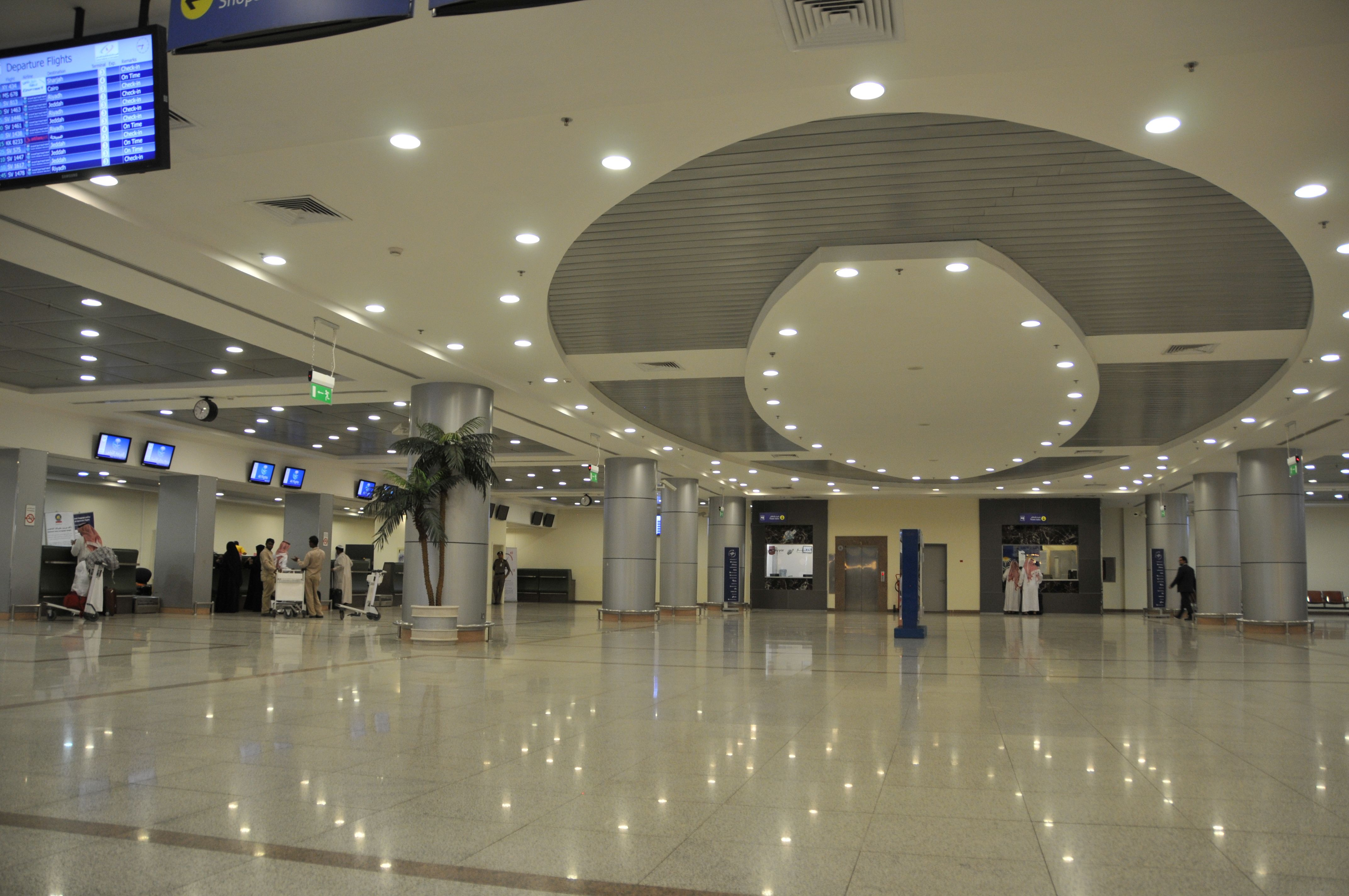 Prince Mohammad Bin Abdulaziz Airport Madinah Airport Mirror Reflection Airline Airport