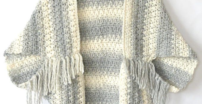 Easy Blanket Sweater Pattern To Keep You Looking Hot When It's Cool Out - Knit And Crochet Daily