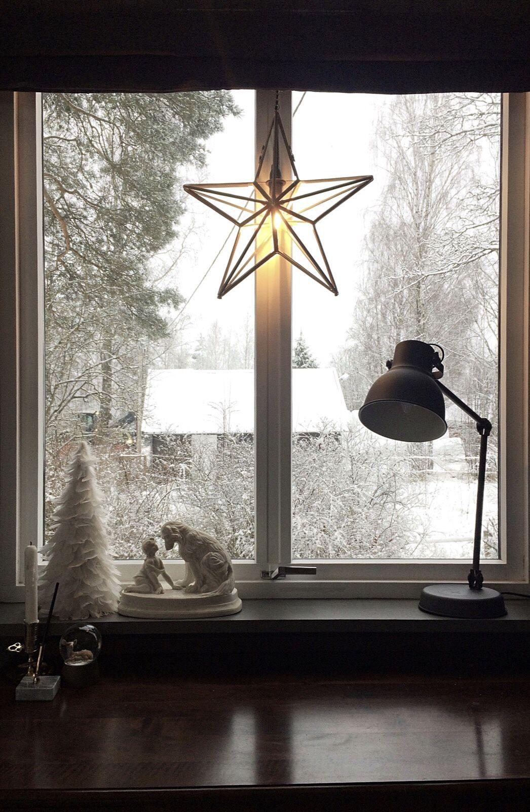 Modish Landlig interiør, vindu, julestjerne, adventsstjerne, snø, jul DU-31