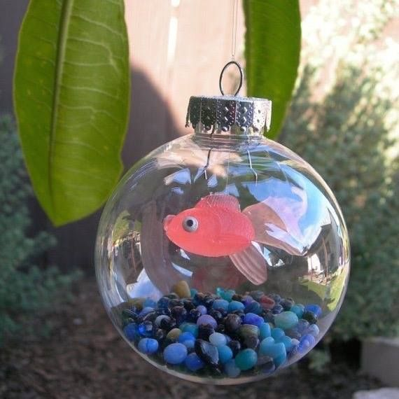 Fishbowl Ornament...these are the BEST Homemade Christmas Ornaments! #diyornaments