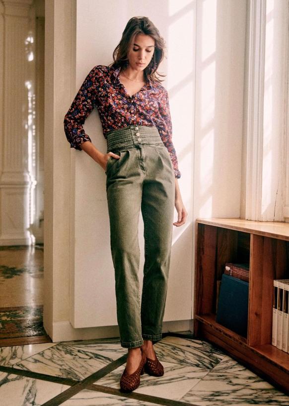 Sidney Trousers Khaki Chrome Free Ovine Leather Sezane In 2021 Sezane Olive Jeans Trousers