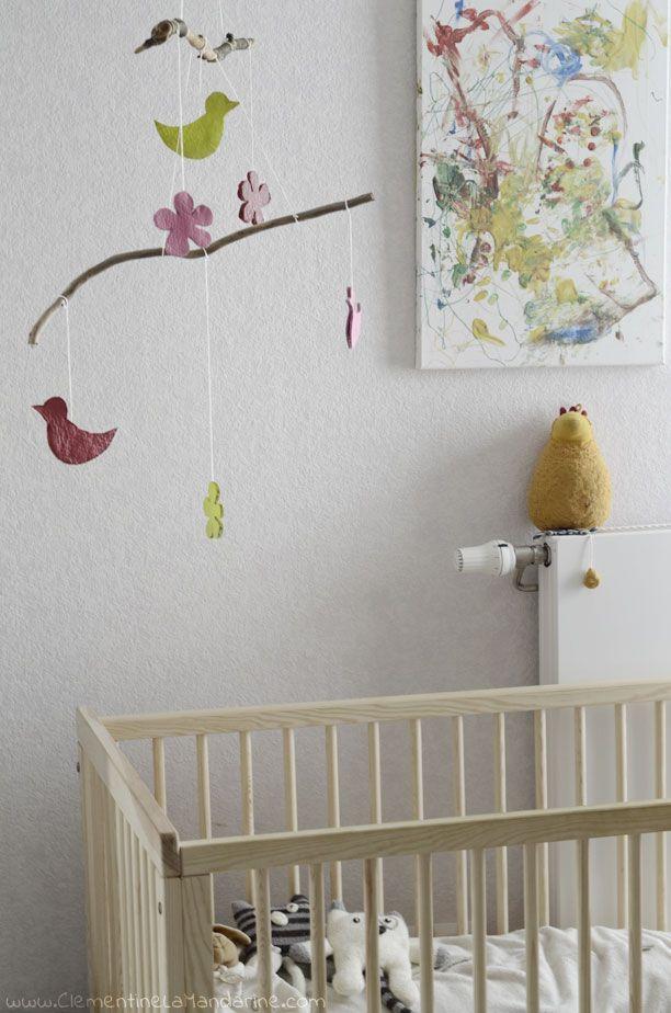 diy mobile de printemps pour d corer la chambre de b b ou la tienne enfants chambre de. Black Bedroom Furniture Sets. Home Design Ideas