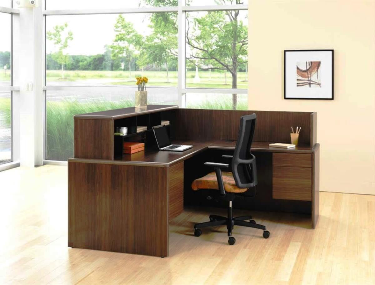 White Themed Cool Home Office Design with Elegant Brown Wood L ...