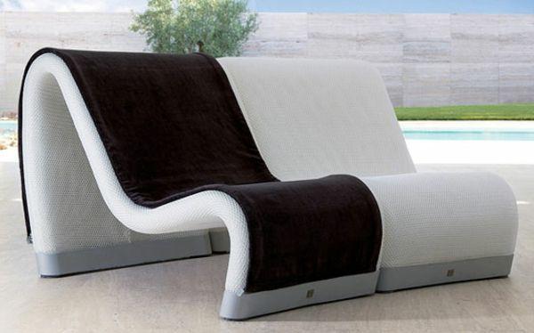 Loungemöbel outdoor schwarz  lounge-möbel-outdoor-sakura-liefgestühle-in-weiß-und-schwarz ...