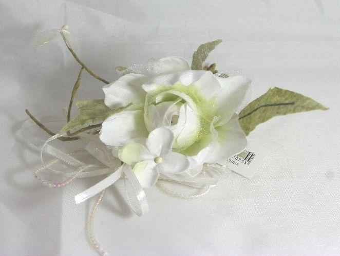 Narciso bianco fiore in stoffa per decorazioni e bomboniere per matrimonio with decorazioni per - Decorazioni per cresima ...