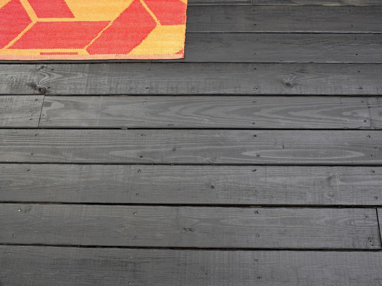 How to stain a wooden deck wooden decks and outdoor spaces for Garden decking varnish