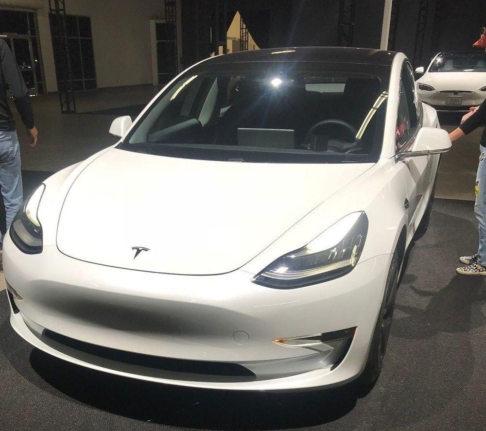 2018 Tesla Model 3 Premium / Extended Range TESLA MODEL 3 - ACTUAL CAR / ORDERED, $10k REBATES, OPTIONS CAN BE CHANGED
