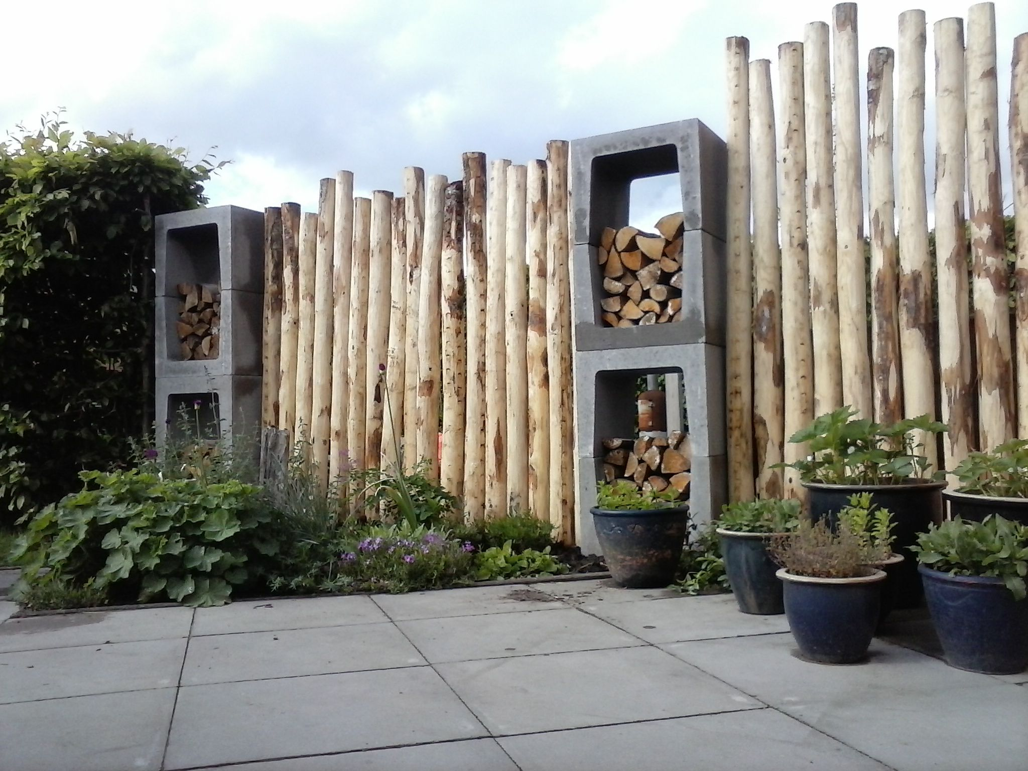 Bamboe Palen Gamma.Weg Met Die Gamma Schutting Crafts Wood Garden