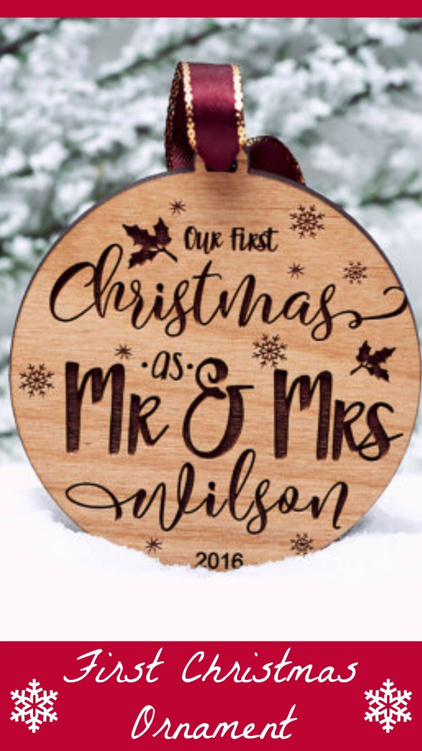 Our first Christmas wooden ornament. So gorgeous. Would make a great ...