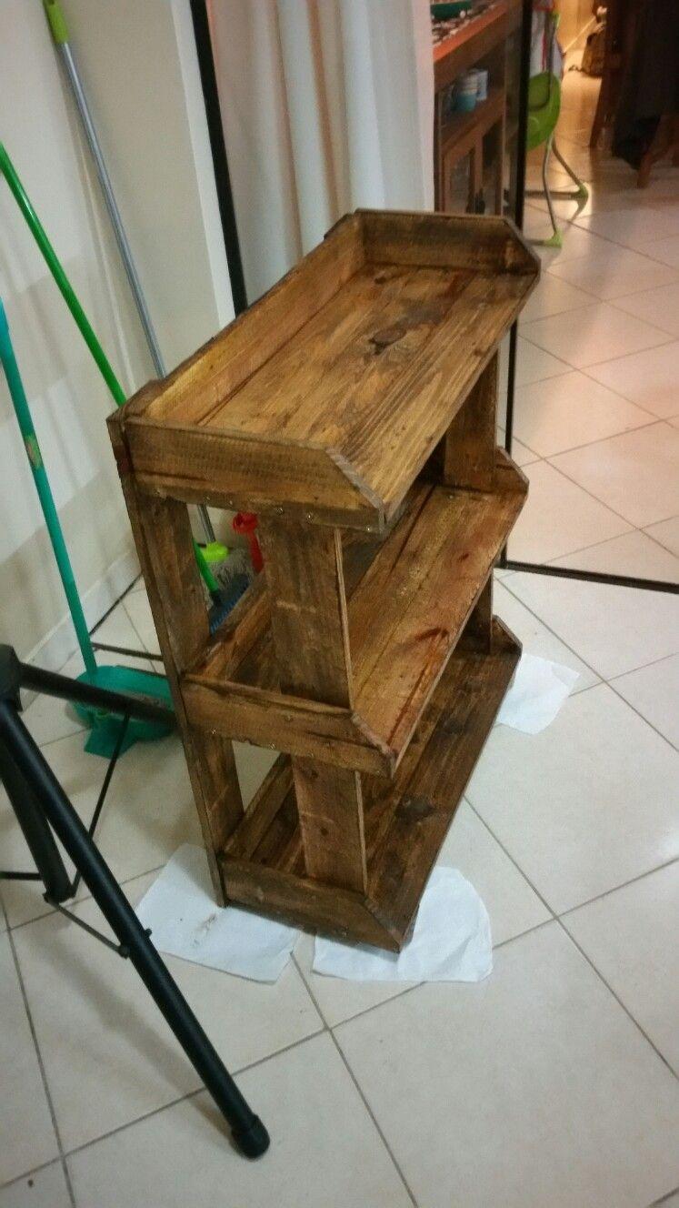 mueble de palets reciclados para baño social