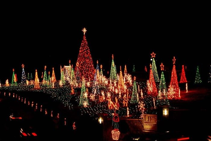 Here Are The 8 Best Christmas Displays In Georgia They Re Magical