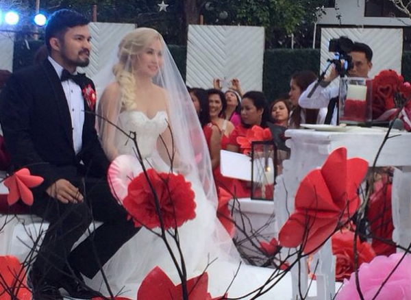 Yeng Constantino Yan Asuncion Tie The Knot On Valentine S Day Yahoo Celebrity Philippines Yeng Yan