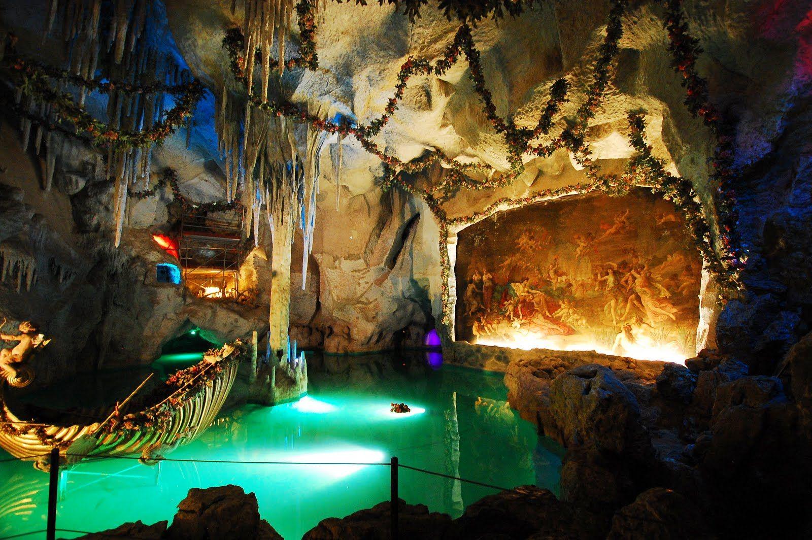 Linderhof Grotto Google Search Linderhof Palace Grotto Castle