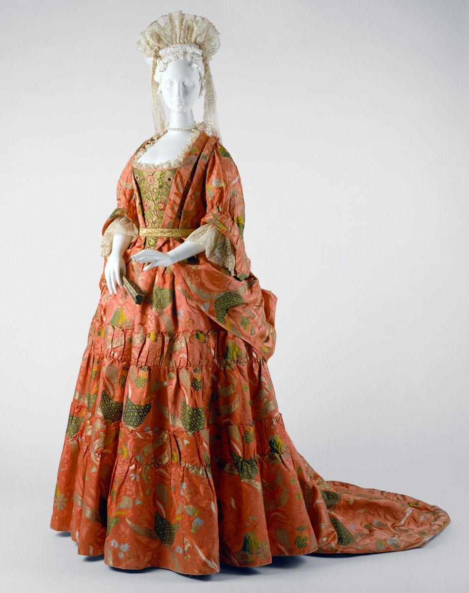 Mantua, ca. 1708, England, silk, metal. The Met