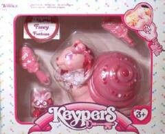 Keypers! I had this one I think. They came out in 1986 (I was 6y/o). Aaah, good times!