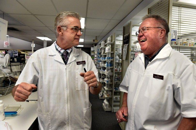 Longtime owner of Setzer Pharmacy in Roseville is retiring