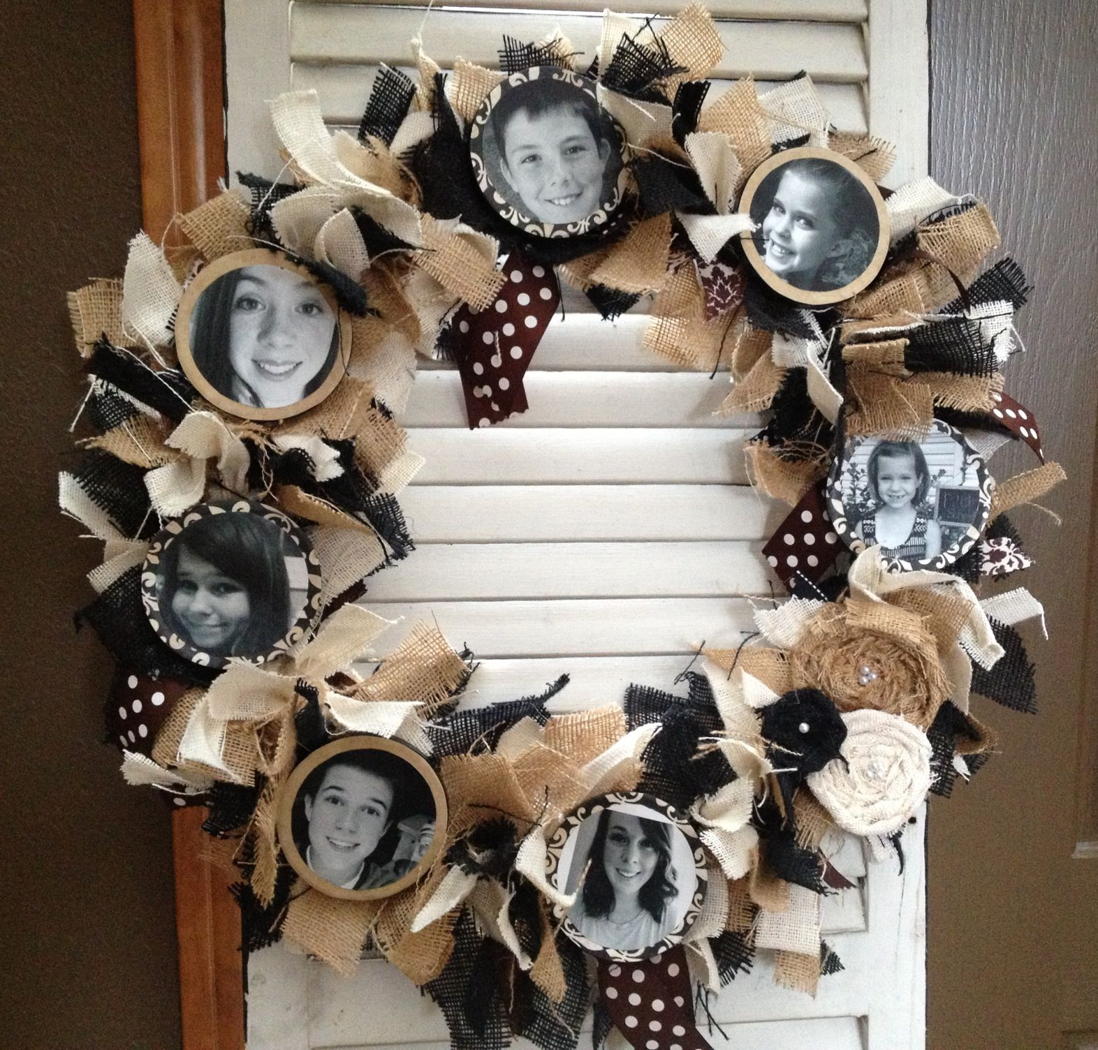 Fun wreath to make for the grandparents anyone really