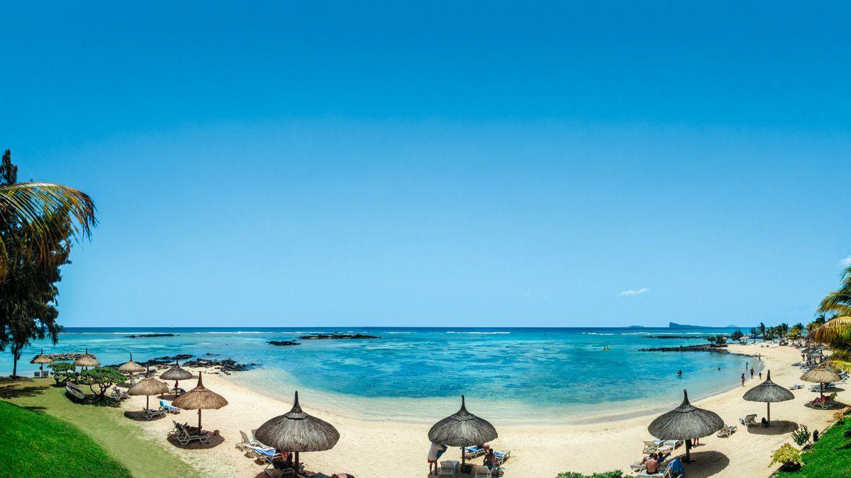 Canonnier Beachcomber Golf Resort Spa 4 Fun Family Beach Holiday Beach Holiday Beach Combing Golf Resort