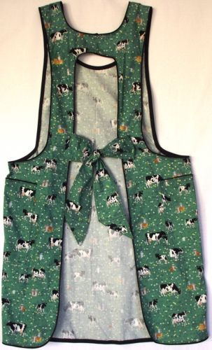 1930-or-1940-style-apron-that-your-grandmother-wore-vintage-style