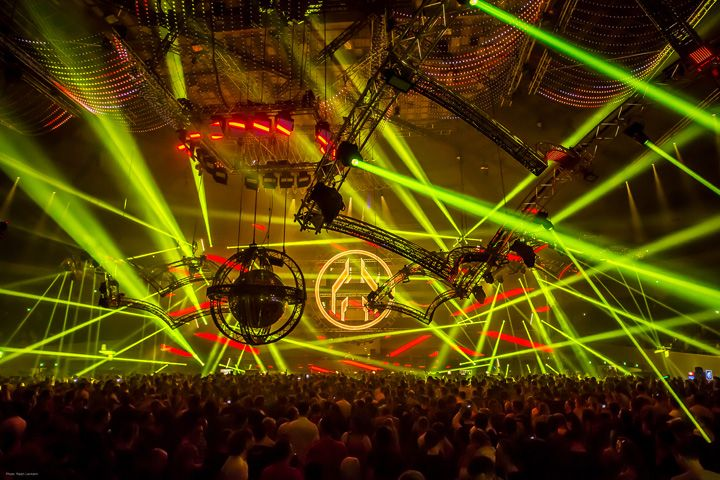 MAYDAY, the most famous rave party in Europe - Lighting design by Thomas Gerdon