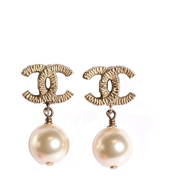 CHANEL Pearl CC Drop Earrings Gold ❤ liked on Polyvore featuring jewelry, earrings, pearl jewellery, gold jewelry, white pearl drop earrings, gold pearl jewelry and yellow gold earrings