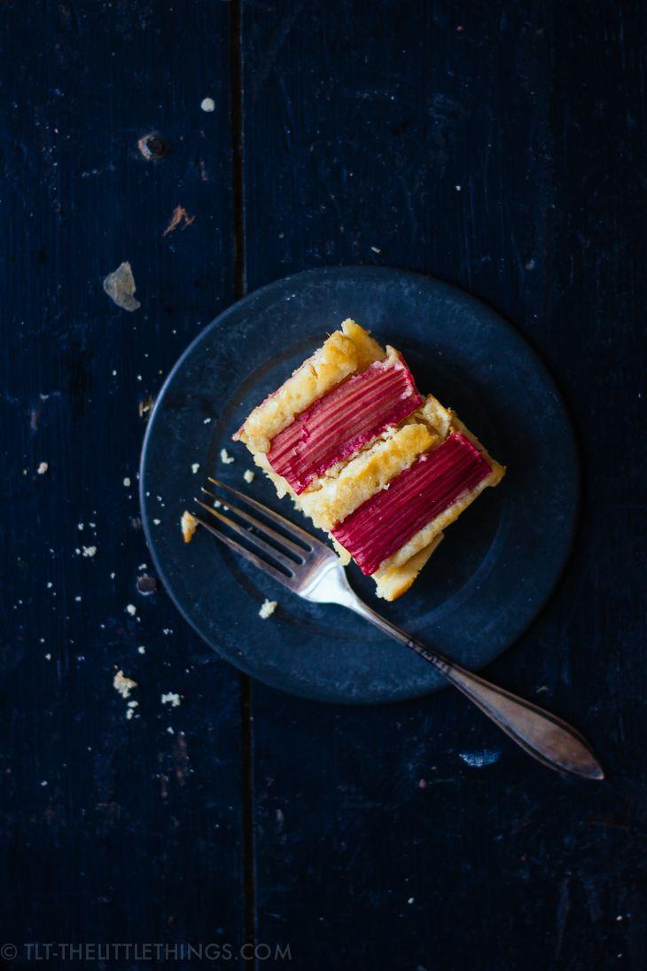 TLT - The Little Things | Rhubarb ricotta cake with vanilla | http://tlt-thelittlethings.com/