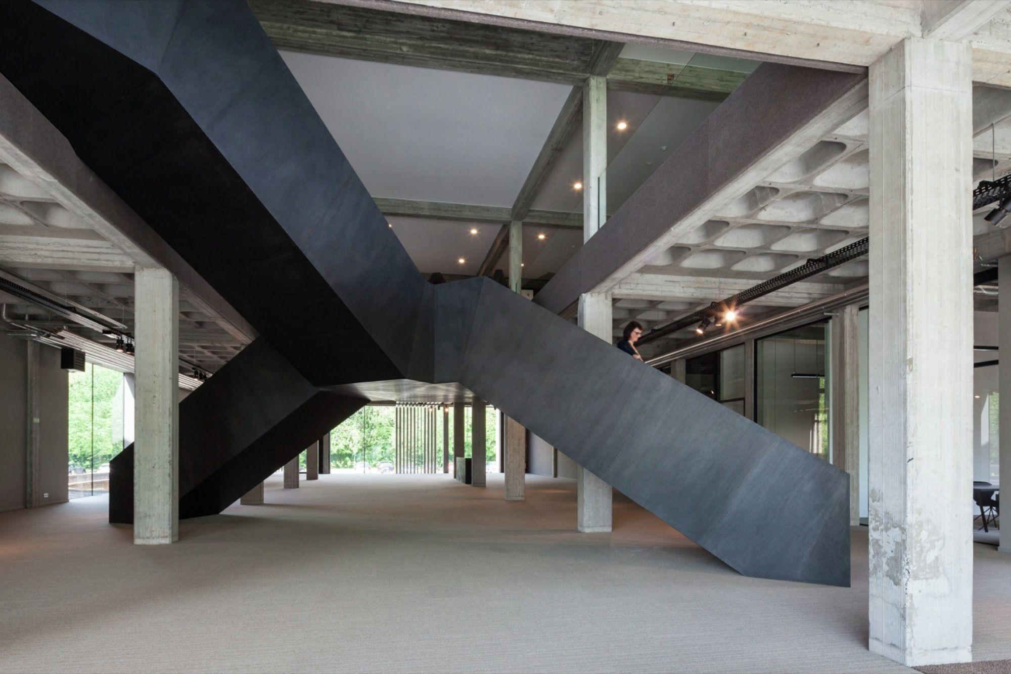 AGO Office HQ / Steven Vandenborre architects
