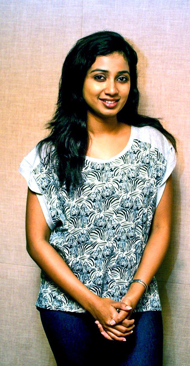 ShreyaGhoshal ties the knot | Tamil Movies | Pinterest