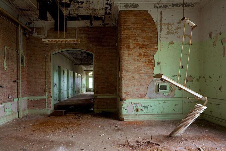 The Old Main Asylum Utica Ny Tours