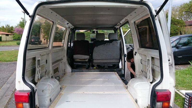 comment am nager un van un guide avec toutes les tapes pour transformer son van en v ritable. Black Bedroom Furniture Sets. Home Design Ideas