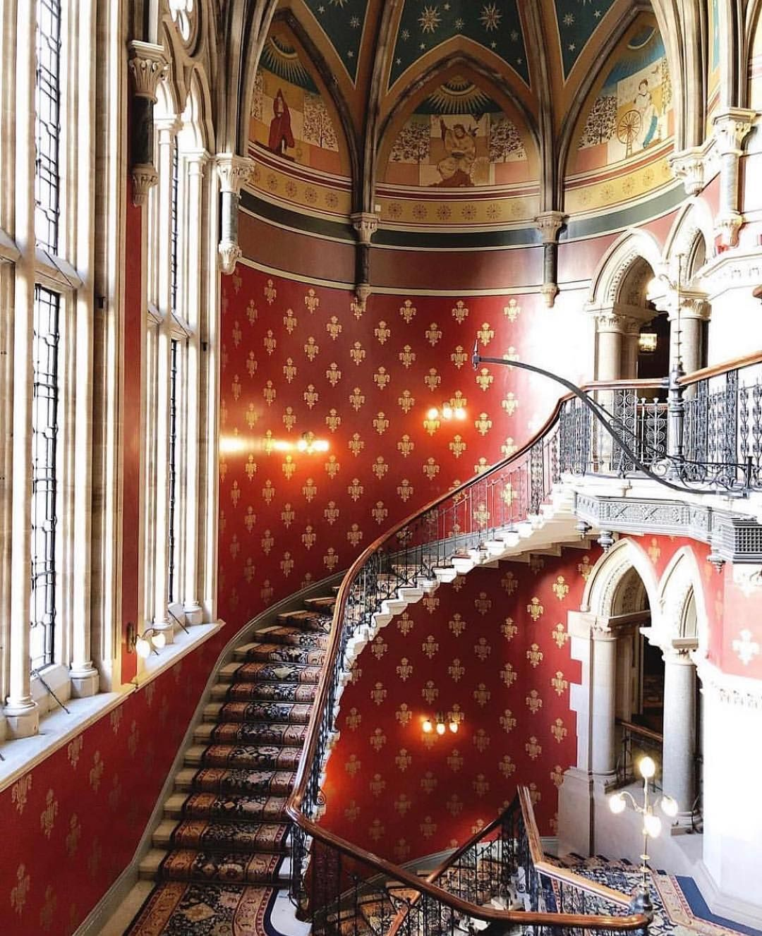 The Staircase Of Our Dreams St Pancras Renaissance Hotel