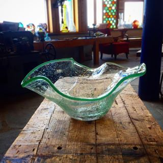 #glasshyttavikten #lofotenislands #vikten #glassblowing #lofoteninfo #artworkshop #artlofoten #northernnorway #lofoten #norway @glasshyttavikten