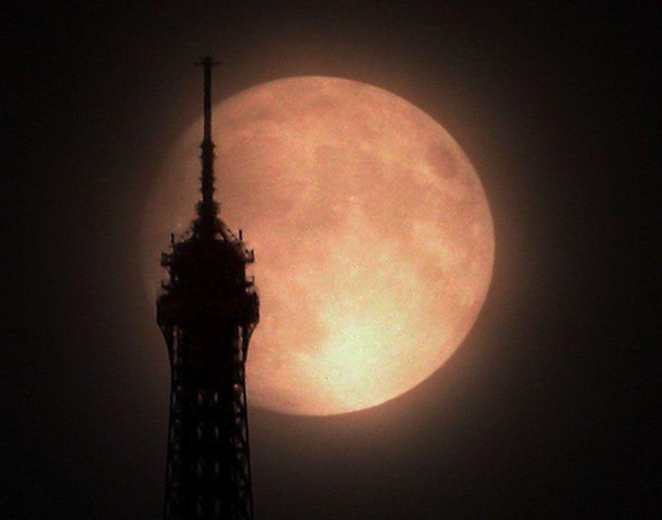 Moonlight in Paris