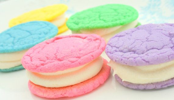 Bright Oreo cookies! Great for spring or Easter!
