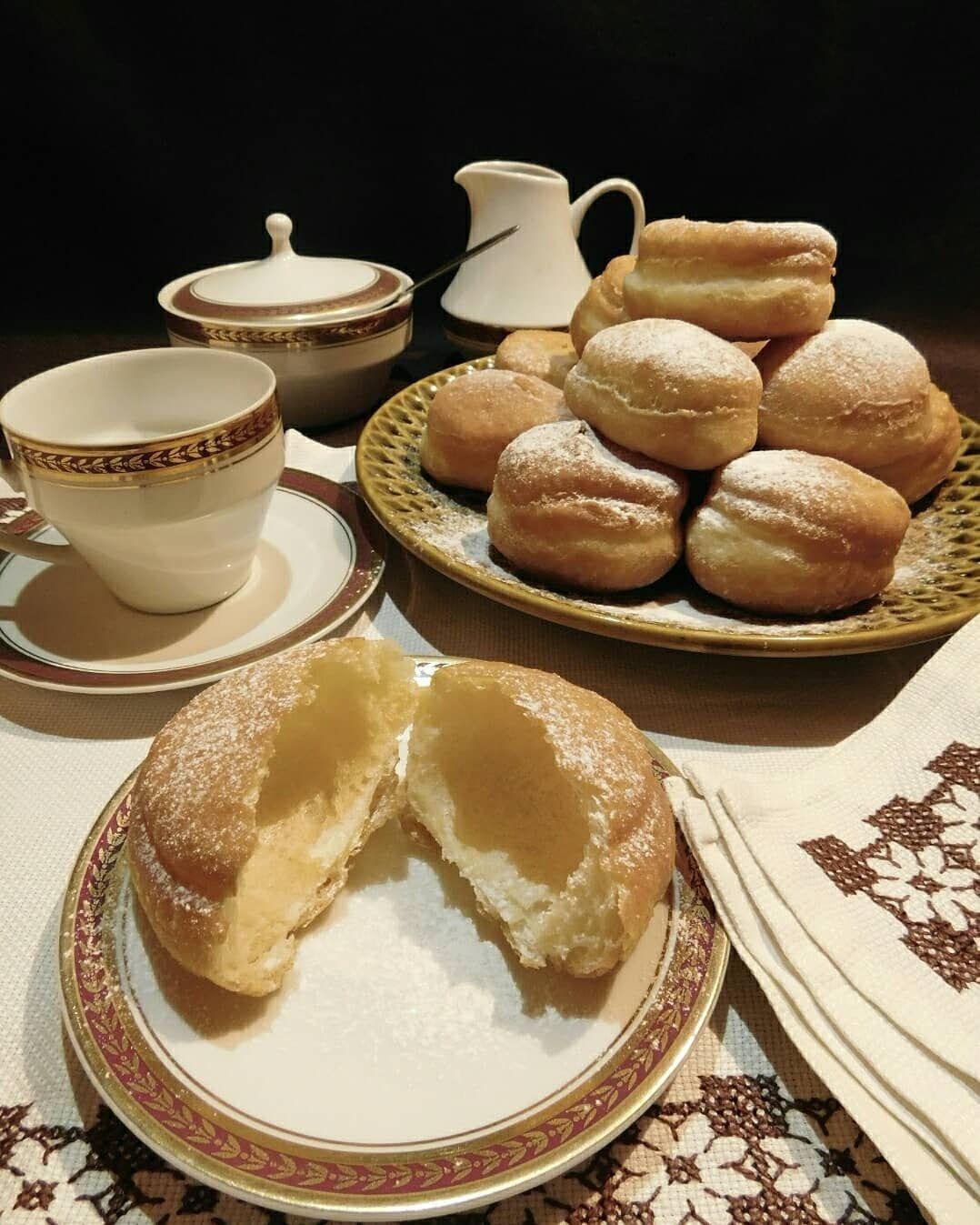 New Year By The Julian Calendar Doughnuts Oldnewyear Pastry Tradition Fried Powderedsugar Srpskanovagodina Krofne Pastry Food Newyear