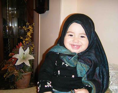 بنت صغيرة بالحجاب Fashion Cute Girl
